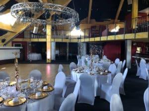 """Festliche Anlässe wie Hochzeiten oder Empfänge umrahmt die """"Joel Bar"""" mit diesem stilvollen Ambiente."""